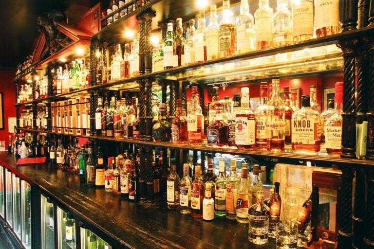 How has the closure of pubs and restaurants affected alcohol sales?